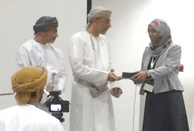 Dr. Manal Humaid Al-Khanbashi, a Faculty Member from the Applied Biology Section of the Applied Sciences Department Won the First Prize as the Team Leader in the First Industrial Innovation Specialist Program conducted by Innovation Centre (IIC)